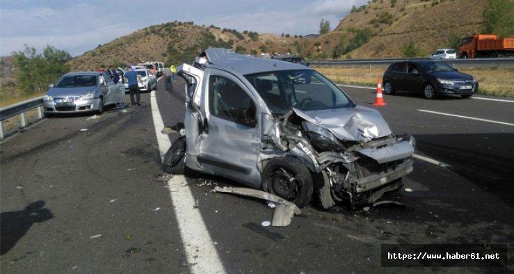 Türkiye yine trafiğe kurban gitti :109 ölü, 617 yaralı