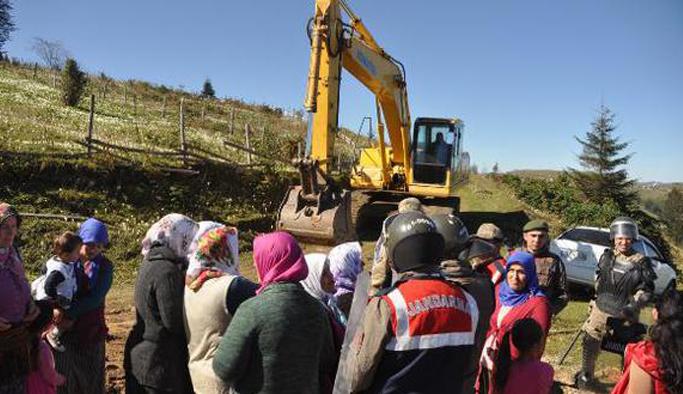 CHP'den yayla tepkisi: Fakir furakanın evini yıkmayın