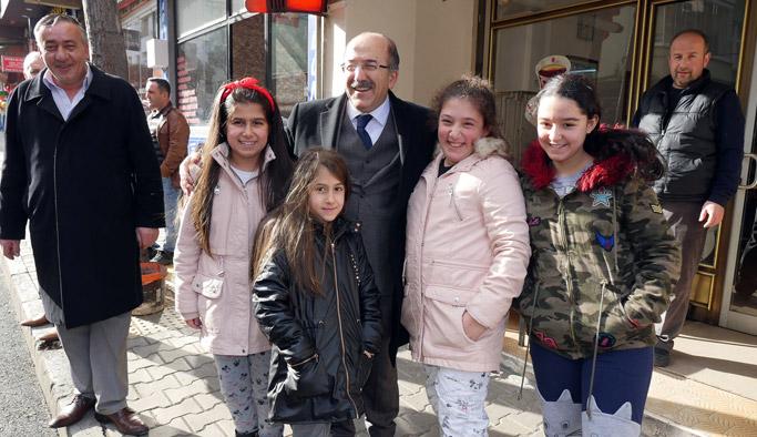 Başkan Gümrükçüoğlu'ndan Erdoğdu ziyareti
