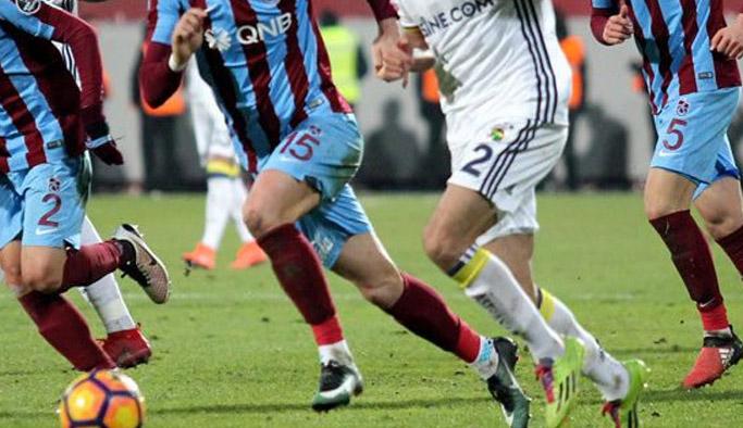 Trabzonspor'da gençler Fenerbahçe'yi dağıttı!