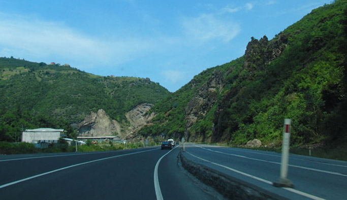Trabzon'daki yol için uyarı