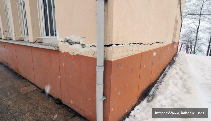 Tonya'da zemini kayan, duvarları çatlayan okul kapatıldı