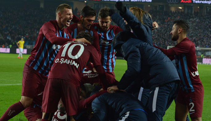 Trabzonspor 15 dakikada atıyor Göztepe ise…