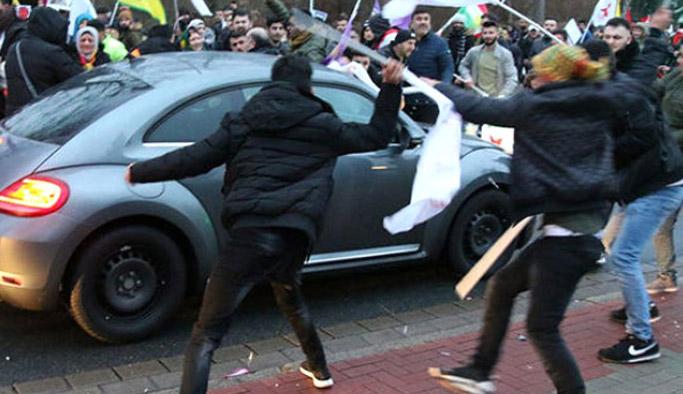 PKK'lılar Almanya'da Türk'ün aracına saldırdı