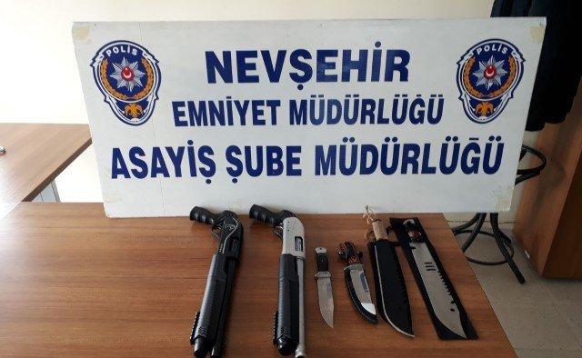 Sosyal paylaşım sitesinden silah satarken yakalandı