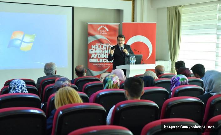 Başkan Genç, Abdullah Gül'e yüklendi: Gül, küle döndü