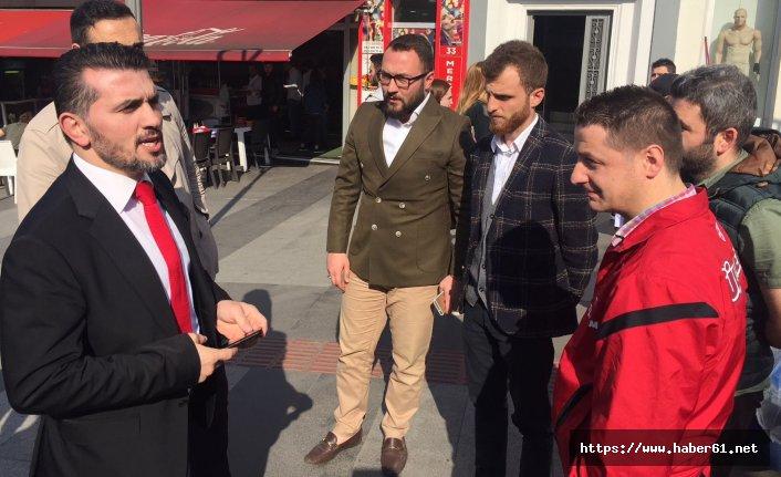 Şampiyon Selçuk Çebi'ye gençlerden büyük ilgi
