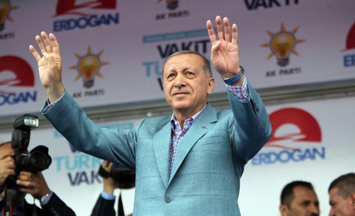 """Erdoğan'dan milletvekillerine """"İnce'ye dava açın"""" çağrısı"""