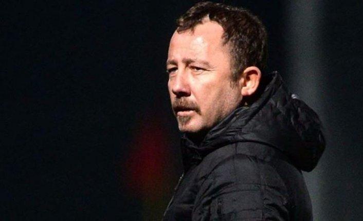 Sergen Yalçın Konyaspor'dan ayrıldı