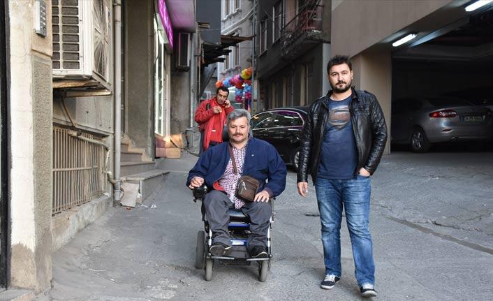 Trabzonlu'nun engelleri öğrenmesine engel olmadı