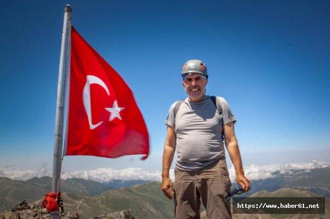 69 Yaşında Kaçkar Dağı'nın zirvesine tırmandı