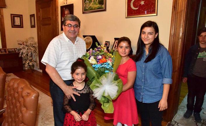 Başkan Can, Çocuk Evi sakinleriyle bir araya geldi