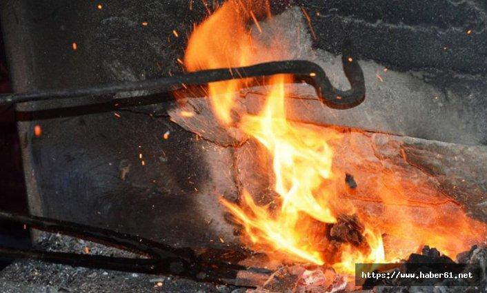 Ateş, örs ve çekiç arasında geçen bir ömür