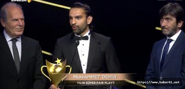 Yılın fair play ödülü Muhammet Demir'e