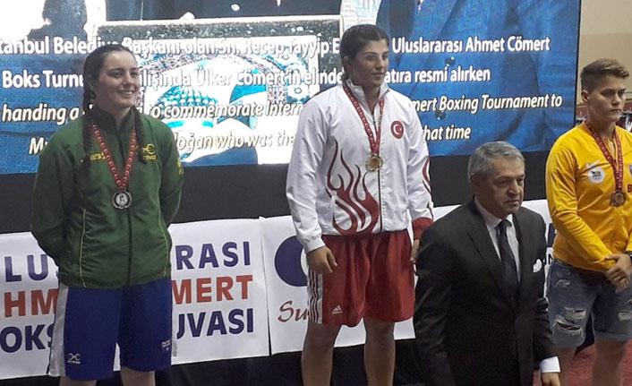 Trabzonlu boksör altın madalyayı aldı