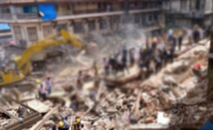 Hindistan'da bina çökmesi: 5 ölü