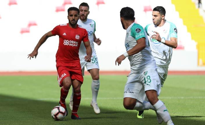 Sivasspor Bursaspor'u geçti