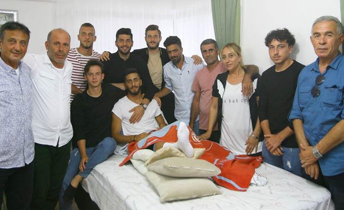 1461 Trabzon'da iki oyuncu ameliyat oldu