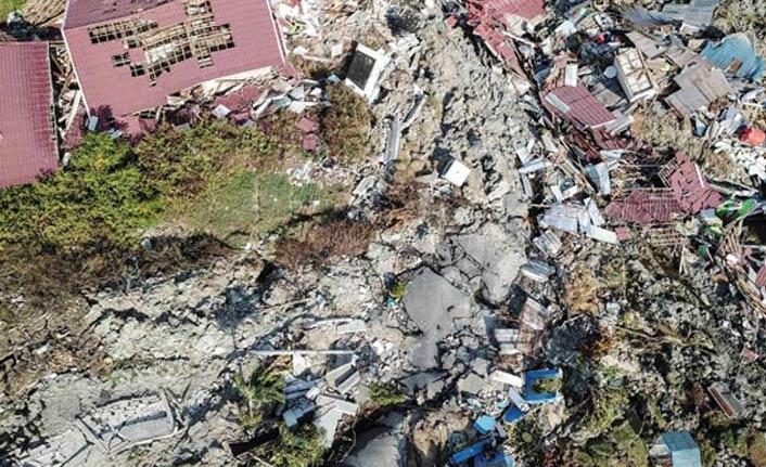 Endonezya Kıyameti yaşıyor - Deprem ve tsunamiden sonra...