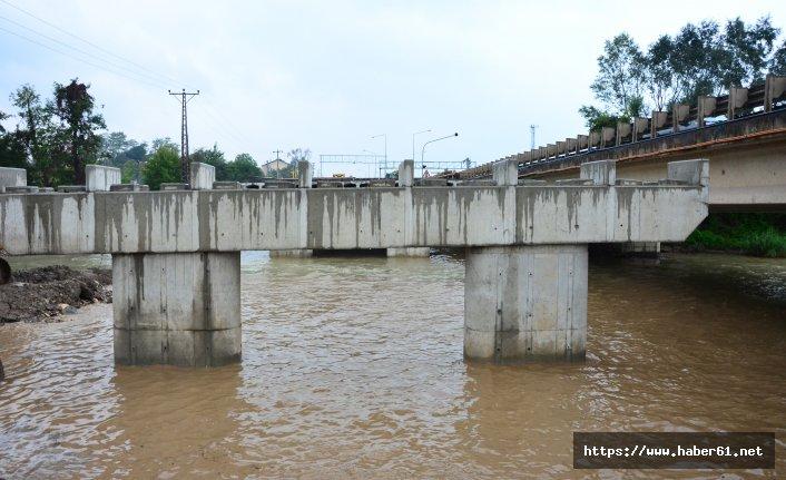 Selin yıktığı köprünün yenisi yapılıyor