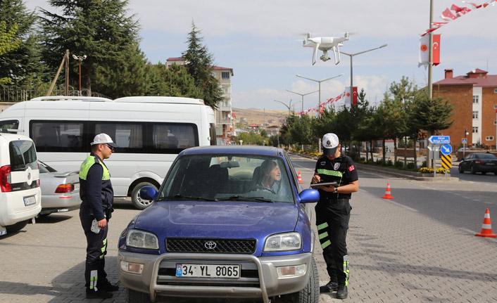 Bitlis'te 'drone' ile trafik uygulması yapıldı