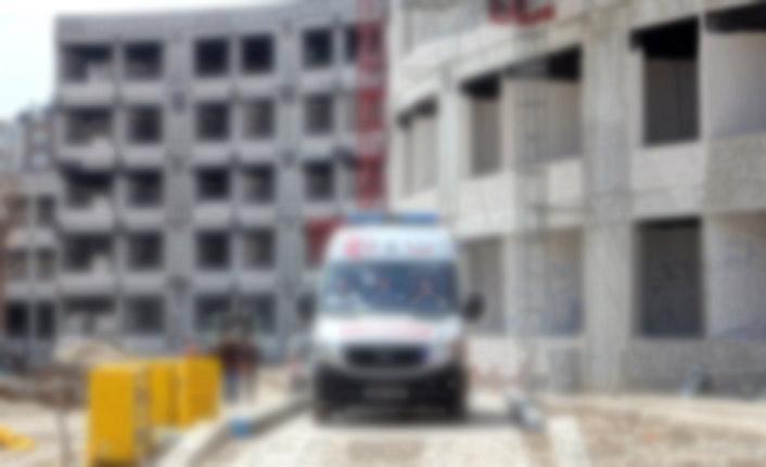 Dengesini kaybedip düşen işçi ağır yaralandı