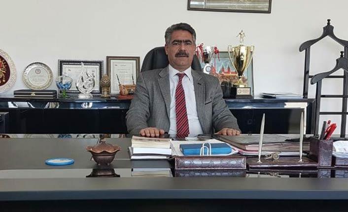 Atatürk'e hakaret eden Daire Başkanı uzaklaştırıldı.