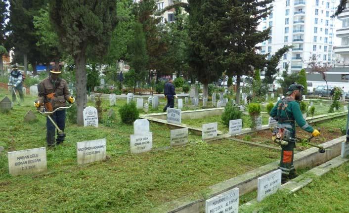 """Trabzon'da """"Büyükşehir ölülere borç çıkardı"""" iddiasına yanıt geldi"""