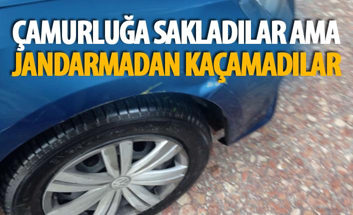 Trabzon'da araç çamurluğundan uyuşturucu çıktı