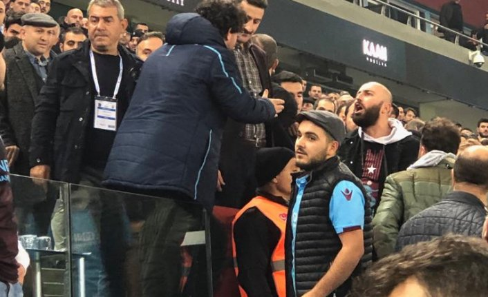 Trabzonspor taraftarından Ali Koç'a tepki