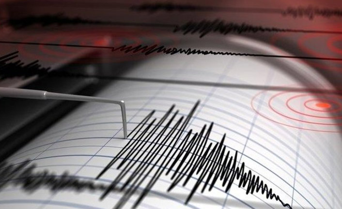Korkutan deprem - İstanbul'da...