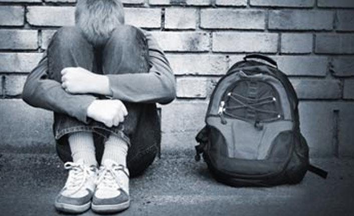 Öğrenci şiddetine sendikalar ve öğretmenlerden tepki