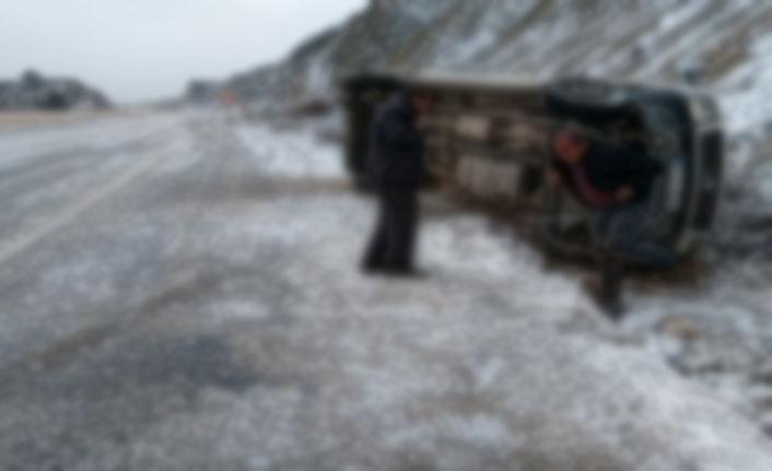 Ardahan'da görüş mesafesi 1 metreye düştü!