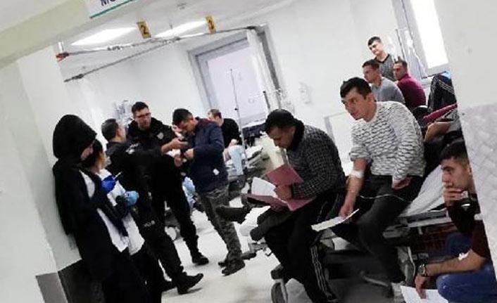 Polis okulunda çok sayıda öğrenci hastaneye kaldırıldı