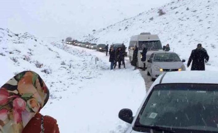 Trafiğe kar engeli
