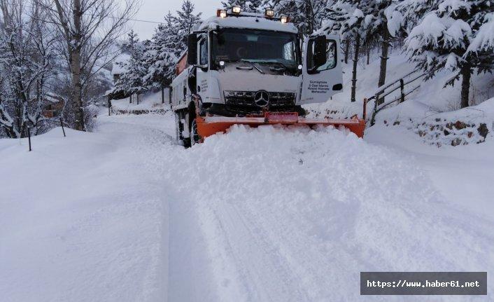 Gümüşhane'de köy yollarının yüzde 73'ü 12 saatte açıldı