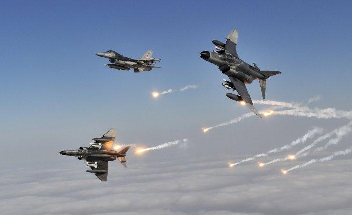 Irak'ta hava harekatı!