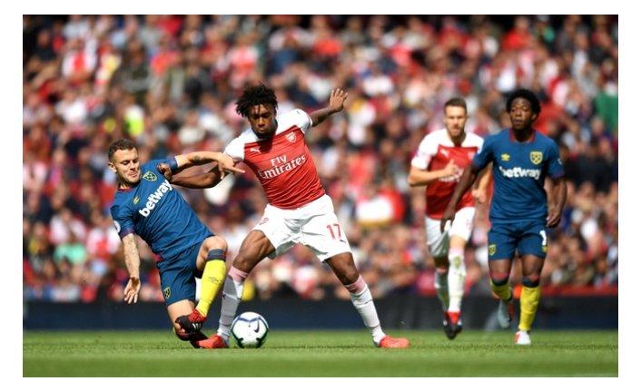 Arsenal, West Ham United'a kaybetti