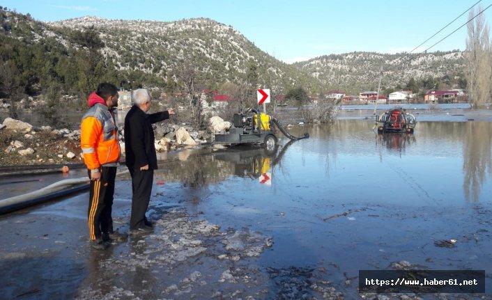 200 ev sular altında kaldı