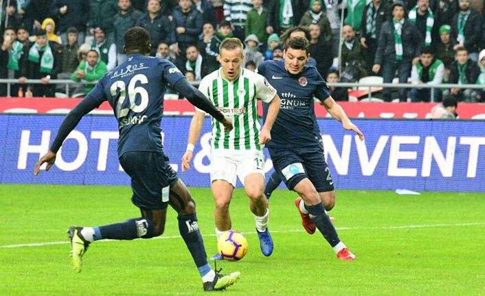 Atiker Konyaspor Antalya'yı mağlup etti!