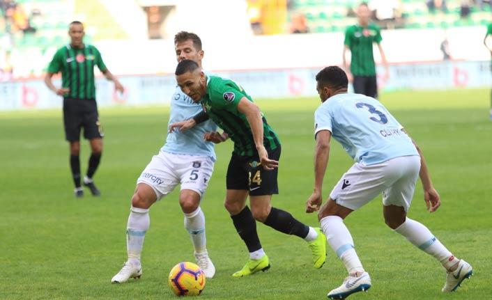 Medipol Başakşehir Akhisarspor'u geçti
