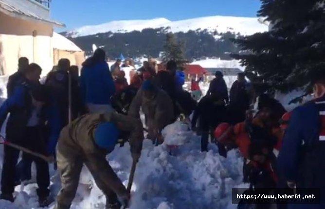 Son dakika! Uludağ'da kar altında mahsur kaldılar!