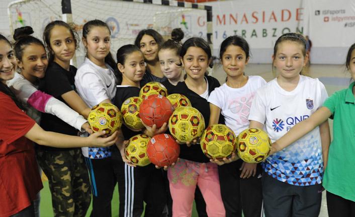 Trabzon'da hentbol aşkı bir başka