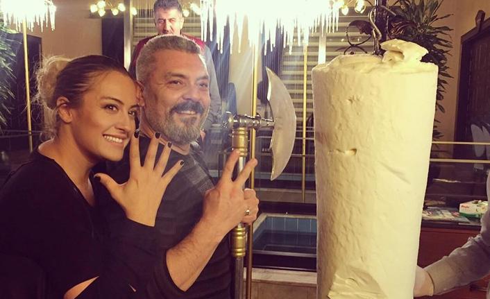 Ünlü oyuncu evlilik yıldönümünü böyle kutladı