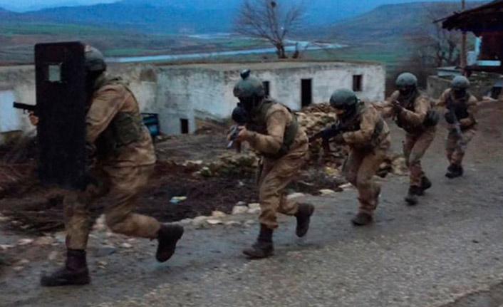 PKK'ya şafak operasyonu: 13 gözaltı