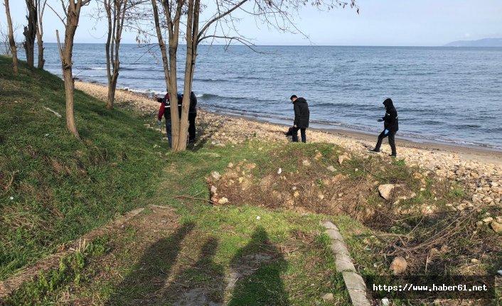 Emekli polis plajda kendini vurdu