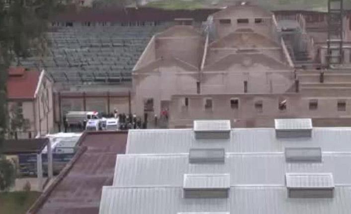 Müze inşaatının duvarı çöktü! Ölü ve yaralılar var