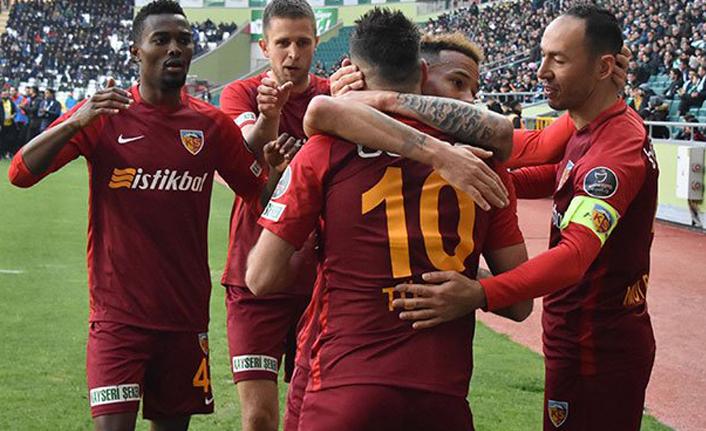 İM Kayserispor tek golle kazandı!
