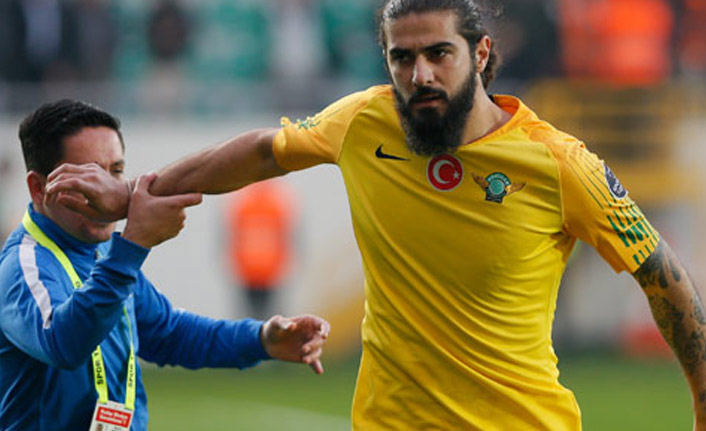 Eski Trabzonsporlu kadro dışı kaldı
