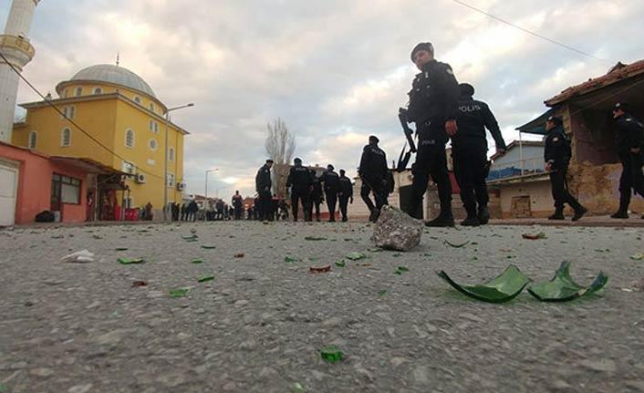 Aileler arasında kavga - 200 polis müdahale etti